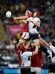 Jamie Cudmore of Canada competes with Valentin Poparlan of Romania for the ball at a lineout - Mandatory byline: Patrick Khachfe/JMP - 07966 386802 - 06/10/2015 - RUGBY UNION - Leicester City Stadium - Leicester, England - Canada v Romania - Rugby World Cup 2015 Pool D.