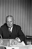 1963 - Gaeltarra Eireann officials for Fairchild Publications