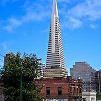 Transamerica Pyramid in downtown San Francisco as seen from Chinatown