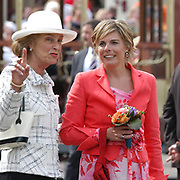 On Queensday, april 30th the Queen attends the celebrations of Queensday in Scheveningen near the Hague.<br /> This is her 25th jubilee.<br /> <br /> Op Koninginnedag, 30 april, is de Koningin  's Middags aanwezig metn en haar familie het koninginnedagfeest mee te vierten in Scheveningen.<br /> <br /> On The photo / On the Photo;<br /> <br /> Princes Laurentien /  Prinses Laurentien