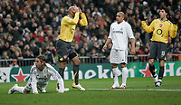 21/2/2006.MADRID.SPAIN.CHAMPIONS LEAGUE.ROUND OF 16.REAL MADRID V ARSENAL.henry miss<br /> PIC DAVE SHOPLAND