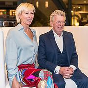 NLD/Naarden/20191031 - 50 jaar Jan des Bouvrie, Jan des Bouvrie en partner Monique