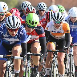 17-04-2016: Wielrennen: Ronde van Gelderland: Apeldoorn    <br />APELDOORN (NED) wielrennen<br />Marianne Vos tussen de wielen