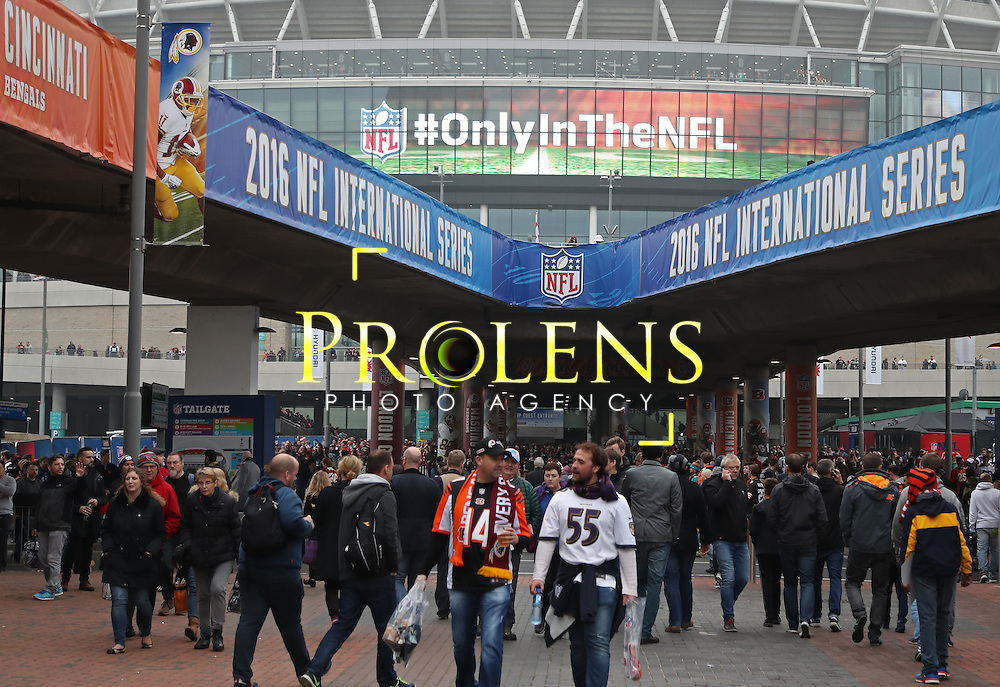 NFL International Series 2016 Houston Texans @ Oakland Raiders   30th OCT 2016<br /> <br /> Preview images for game 17 of the NFL International Series between the Houston Texans and Oakland Raiders, From Wembley Stadium, London.<br /> <br /> Pic Micthell Gunn / PLPA? ProLens Photo Agency.<br /> Sunday 30 October 2016