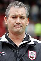 Photo: Paul Thomas.<br /> Barnsley v Southampton. Coca Cola Championship. 19/08/2006.<br /> <br /> George Burley, Southampton manager.