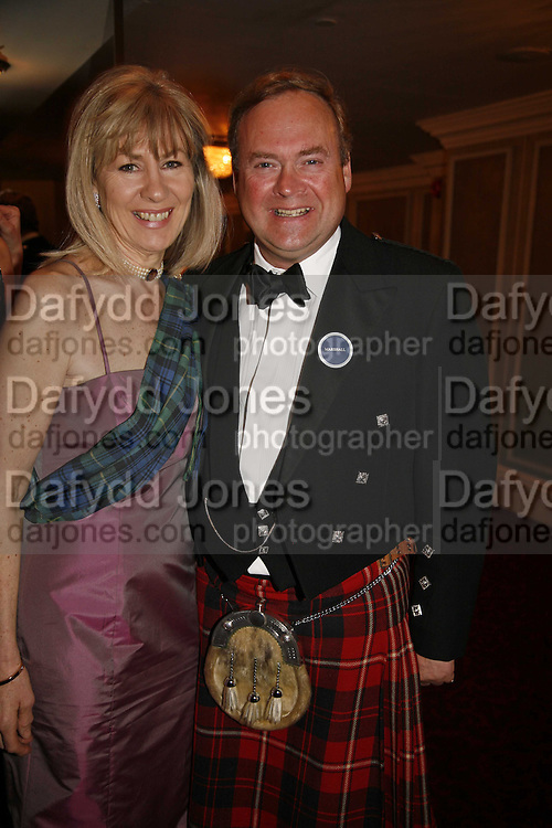 MISS PENNY GUNKLEY AND LORD BIDDULPH, The Royal Caledonian charity Ball 2006.Grosvenor House. London. 5 May 2006. . ONE TIME USE ONLY - DO NOT ARCHIVE  © Copyright Photograph by Dafydd Jones 66 Stockwell Park Rd. London SW9 0DA Tel 020 7733 0108 www.dafjones.com