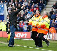 Photo: Steve Bond/Richard Lane Photography. <br />Leicester City v Colchester United. Coca Cola Championship. 12/04/2008. An irate Leicester fan offers back his season ticket as he is taken out by stewards