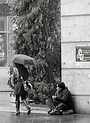 Berlin, GERMANY, Begger, working his pitch outside Berlin Spandau, Banhof, Friday 19.12.2008. [Mandatory Credit/Peter Spurrier] Street Photos