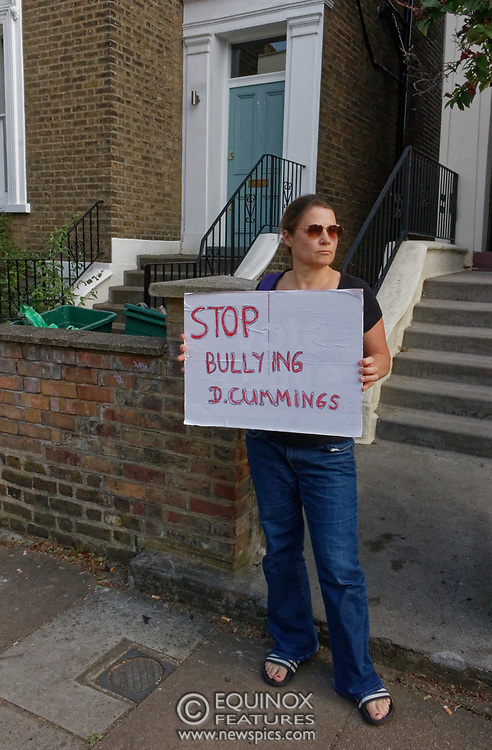 London, United Kingdom - 26 May 2020<br /> The scene at Dominic Cummings home in North London today where the police monitored the street and two or three supporters turned up to support of him as he arrived home. Islington, London, England, UK.<br /> **VIDEO AVAILABLE**<br /> (photo by: EQUINOXFEATURES.COM)<br /> Picture Data:<br /> Photographer: Equinox Features<br /> Copyright: ©2020 Equinox Licensing Ltd. +443700 780000<br /> Contact: Equinox Features<br /> Date Taken: 20200526<br /> Time Taken: 17570400<br /> www.newspics.com