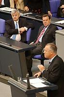 09 SEP 2003, BERLIN/GERMANY:<br /> Joschka Fischer (L), B90/Gruene, Bundesaussenminister, Gerhard Schroeder (M), SPD, Bundeskanzler, und Hans Eichel (R), SPD, Bundesfinanzminister, waehrend Eichels Rede, Bundestagsdebatte zum Haushaltsgesetz 2004, Plenum, Deutscher Bundestag<br /> IMAGE: 20030909-01-014<br /> KEYWORDS: speech, Gerhard Schröder