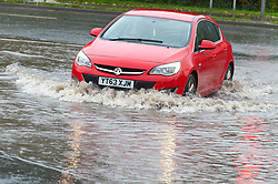 © Licensed to London News Pictures. 14/11/2019. Worcester, Worcestershire, UK. Very heavy rain overnight and today cause roads to flood and rivers to burst their banks in Worcestershire, UK. Photo credit: Graham M. Lawrence/LNP