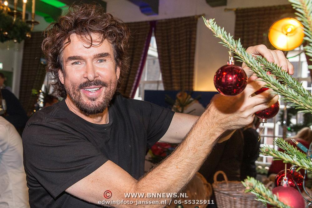 NLD/Amsterdam/20181206 - Sky Radio's Christmas Tree For Charity, Mari van de Ven