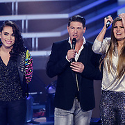 NLD/Hilversum/20141121- 2de Live The Voice of Holland, Bella Soseski, Martijn Krabbe en Mel Jonk