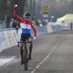 19-01-2020: Wielrennen: Wereldbeker Veldrijden: Nommay<br />Ryan Kamp wint in Nommay de werledbekerwedstrijd voor beloften