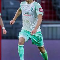 21.11.2020, Allianz Arena, Muenchen, GER,  FC Bayern Muenchen SV Werder Bremen <br /> <br /> <br />  im Bild Christian Gross (SV Werder Bremen #36) <br /> <br />  ,Ball am Fuss, Hochformat Einzelaktion, Ganzkörper / Ganzkoerper <br /> <br /> Foto © nordphoto / Straubmeier / Pool/ <br /> <br /> DFL regulations prohibit any use of photographs as image sequences and / or quasi-video.