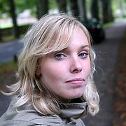 NLD/Overveen/20070921 - Huwelijk Ruud de Wild en Aafke Burggraaff, verslaggeefster SBS Shownieuws