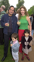 Sculptor ANISH KAPOOR and MRS KAPOOR with their<br />  children ISHAN and ALBA(girl), at a party in London <br /> on 9th May 2000.ODS 20