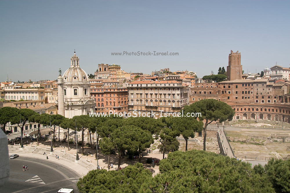 Italy, Rome, Vittorio Emanuele II Monument at Piazza Venezia. view towards Trajan's market