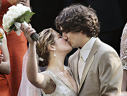 Justin Trudeau, son of the late Prime Minister Pierre Trudeau, kisses  his new bride Sophie Gregoire after their marriage ceremony in Montreal Saturday, May 28, 2005.(CP PHOTO/Ryan Remiorz) /ABACAPRESS.COM    521043_031 MONTREAL Canada
