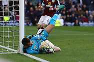 Burnley Goalkeeper Thomas Heaton gets his body behind the ball to make a save. Premier League match, Burnley v Everton at Turf Moor in Burnley , Lancs on Saturday 22nd October 2016.<br /> pic by Chris Stading, Andrew Orchard sports photography.
