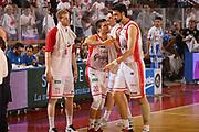 DESCRIZIONE : Reggio Emilia Lega A 2014-15 Grissin Bon Reggio Emilia Banco di Sardegna Sassari finale play off gara 5<br /> GIOCATORE : team Grissin Bon Reggio Emilia<br /> CATEGORIA : delusione<br /> SQUADRA : Grissin Bon Reggio Emilia<br /> EVENTO : Campionato Lega A 2014-2015<br /> GARA : Grissin Bon Reggio Emilia Banco di Sardegna Sassari<br /> DATA : 22/06/2015<br /> SPORT : Pallacanestro <br /> AUTORE : Agenzia Ciamillo-Castoria/E.Rossi<br /> Galleria : Lega Basket A 2014-2015 <br /> Fotonotizia : Reggio Emilia Lega A 2014-15 Grissin Bon Reggio Emilia Banco di Sardegna Sassari finale play off gara 5