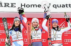 18.03.2018, Aare, SWE, FIS Weltcup Ski Alpin, Finale, Aare, Gesamt Weltcup, Damen, Siegerehrung, im Bild Overall World Cup winner, Slalom World Cup winner and Giant Slalom World Cup third placed Mikaela Shiffrin of the USA // Mikaela Shiffrin (USA Riesenslalom Weltcup 3. Platz Slalom Weltcup und Gesamt Weltcup 1. Platz) during the allover winner Ceremony for the ladie's Worlcup of FIS Ski Alpine World Cup finals in Aare, Sweden on 2018/03/18. EXPA Pictures © 2018, PhotoCredit: EXPA/ Erich Spiess