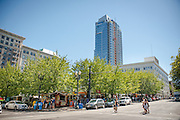 The SW Alder food pod in downtown Portland, Oregon draws a large lunchtime crowd.