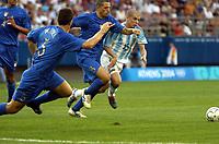24/08/04 - ATHENS - GREECE -  - OLYMPIC FOOTBALL - SEMIFINALS - MENS  -  <br />ITALY (0) VS. ARGENTINA (3).<br />At Karaiskaki Stadium in Faliro / Athens<br />Itlaian N*5 BONERA DANIELE  - N*8 PALOMBO ANGELO and Argentine N*15 D'ALESSANDRO ANDRES running like athletism.<br />© Gabriel Piko / Argenpress.com / Piko-Press