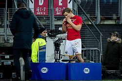 Jonas Svensson of AZ during the Dutch Eredivisie match between AZ Alkmaar and Ajax Amsterdam at AFAS stadium on December 17, 2017 in Alkmaar, The Netherlands