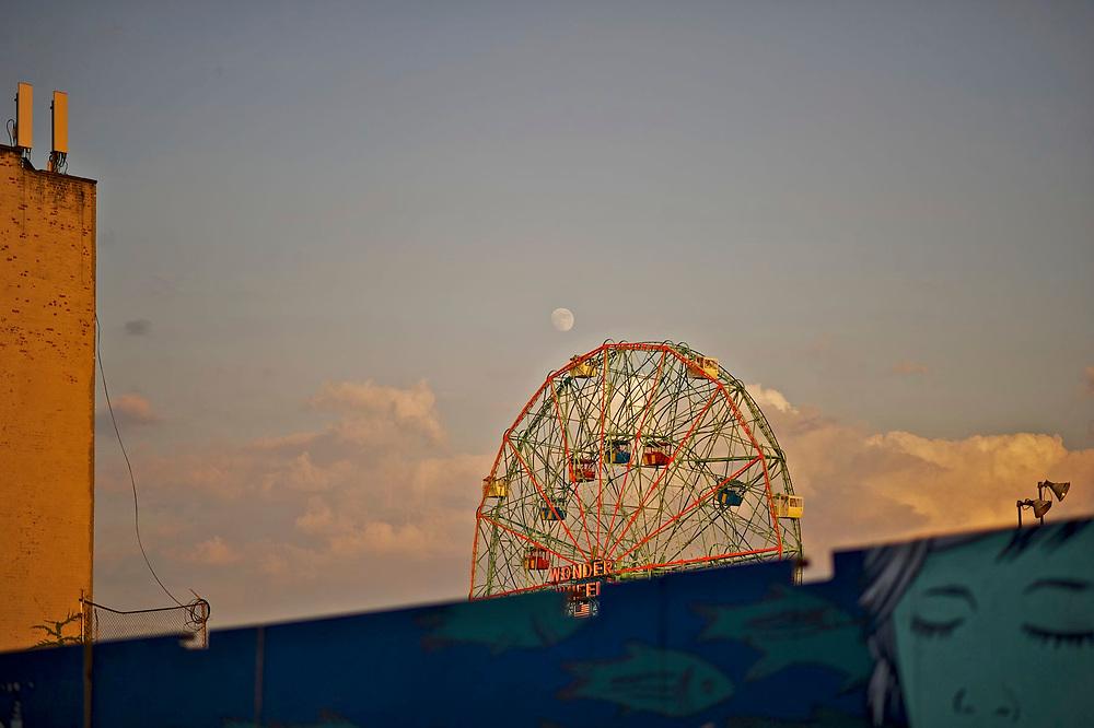 Coney Island, New York  Lenshoot for 85mm 1.8 lens by Steve Simon