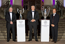 CARDIFF, WALES - Wednesday, August 31, 2016: First Minister of Wales Carwyn Jones [C] with FAW President David Griffiths [L] and FAW Chief-Executive Jonathan Ford [R] with the European Cup trophies during a gala dinner at the Cardiff Museum to launch the UEFA Champions League Finals 2017 to be held in Cardiff. (Pic by David Rawcliffe/Propaganda)