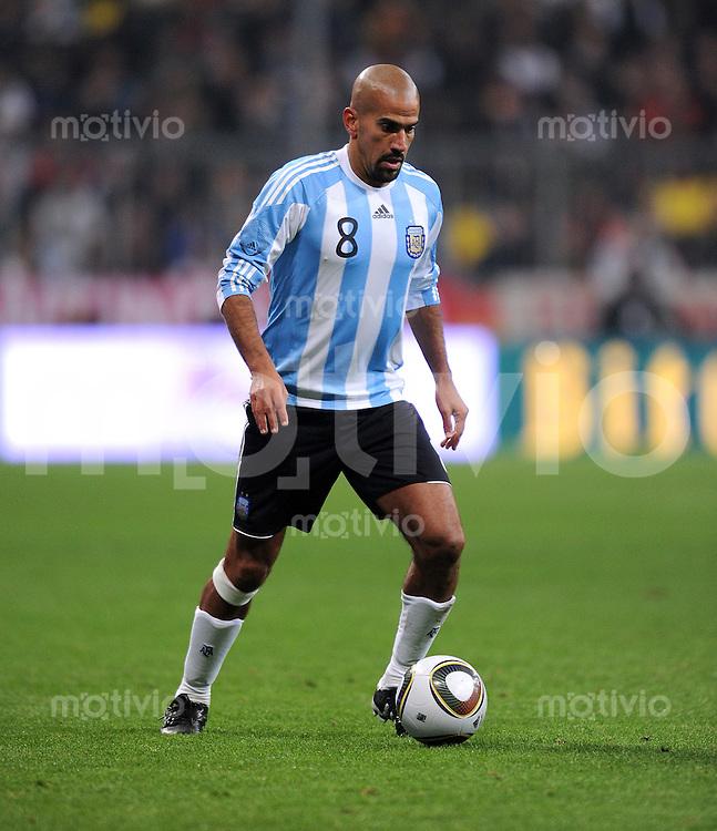 Fussball International, Deutsche Nationalmannschaft  Deutscher Fussballbund, Deutschland - Argentinien 03.03.2010 Juan Sebastian Veron (ARG)