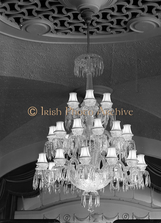 Waterford Glass chandelier at the Gresham Hotel, Dublin on the 20 September 1957.