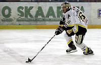 Ishockey<br /> GET-Ligaen<br /> 31.01.08<br /> Askerhallen<br /> Frisk Asker - Stavanger Oilers<br /> Brendan Brooks<br /> Foto - Kasper Wikestad