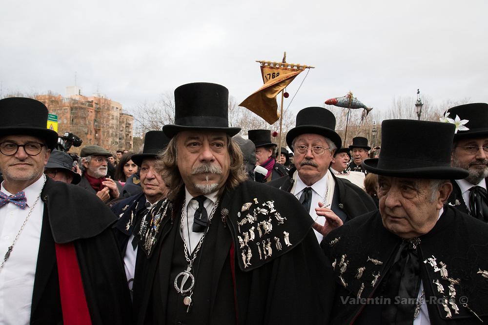 Madrid, Spain. 14th February, 2018. Members of the brotherhood 'La alegre cofradia del entierro de la sardina' during the parade of the Burial of the Sardine. © Valentin Sama-Rojo