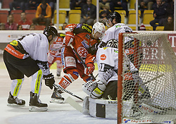 02.10.2014, Stadthalle, Klagenfurt, AUT, EBEL, EC KAC vs Dornbirner Eishockey Club, 7. Runde, im Bild Jonathan D'Aversa (Dornbirner Eishockey Club, #), Patrick Harand (EC KAC, #16), Garnet Exelby (Dornbirner Eishockey Club, #27), David Madlaner (Dornbirner Eishockey Club, #31) // during the Erste Bank Icehockey League 7th round match betweeen EC KAC and Dornbirner Eishockey Club at the City Hall in Klagenfurt, Austria on 2014/10/02. EXPA Pictures © 2014, PhotoCredit: EXPA/ Gert Steinthaler