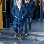 NLD/Amsterdam/20121208 - Herdenkingsdienst voor de verleden Jeroen Willems, Waldemar Torenstra en partner Sophie Hilbrand