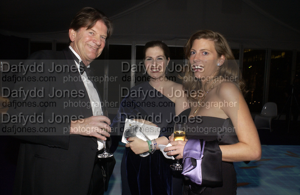 John Madjeski, Gemma Sheppard and Helen Macintyre. British Red Cross London Ball,- H20 the Element of Life held at the Room By the River. SE1. 17 November 2005. ONE TIME USE ONLY - DO NOT ARCHIVE  © Copyright Photograph by Dafydd Jones 66 Stockwell Park Rd. London SW9 0DA Tel 020 7733 0108 www.dafjones.com