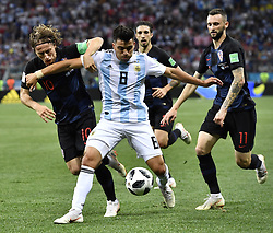 NIZHNY NOVGOROD, June 21, 2018  Marcos Acuna (front) of Argentina competes during the 2018 FIFA World Cup Group D match between Argentina and Croatia in Nizhny Novgorod, Russia, June 21, 2018. (Credit Image: © Chen Yichen/Xinhua via ZUMA Wire)