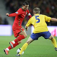 20090328: PORTO, PORTUGAL - Portugal vs Sweden: World Cup 2010 Qualifying Match. In picture: ronaldo and johansson . PHOTO: Ricardo Estudante/CITYFILES