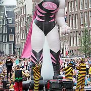 NLD/Amsterdam/20110806 - Canalpride Gaypride 2011, BNN boot,