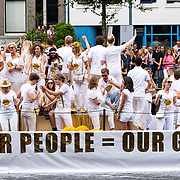 NLD/Amsterdam/20170805 - Gaypride 2017, boot Nederlandse Bank