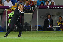 01.07.2012, Olympia Stadion, Kiew, UKR, UEFA EURO 2012, Spanien vs Italien, Finale, im Bild, TRENER CESARE PRANDELLI (ITA) // during the UEFA Euro 2012 Final Match between Spain and Italy at the Olympic Stadium, Kiev, Ukraine on 2012/07/01. EXPA Pictures © 2012, PhotoCredit: EXPA/ Newspix/ Tomasz Jastrzebowski..***** ATTENTION - for AUT, SLO, CRO, SRB, SUI and SWE only *****