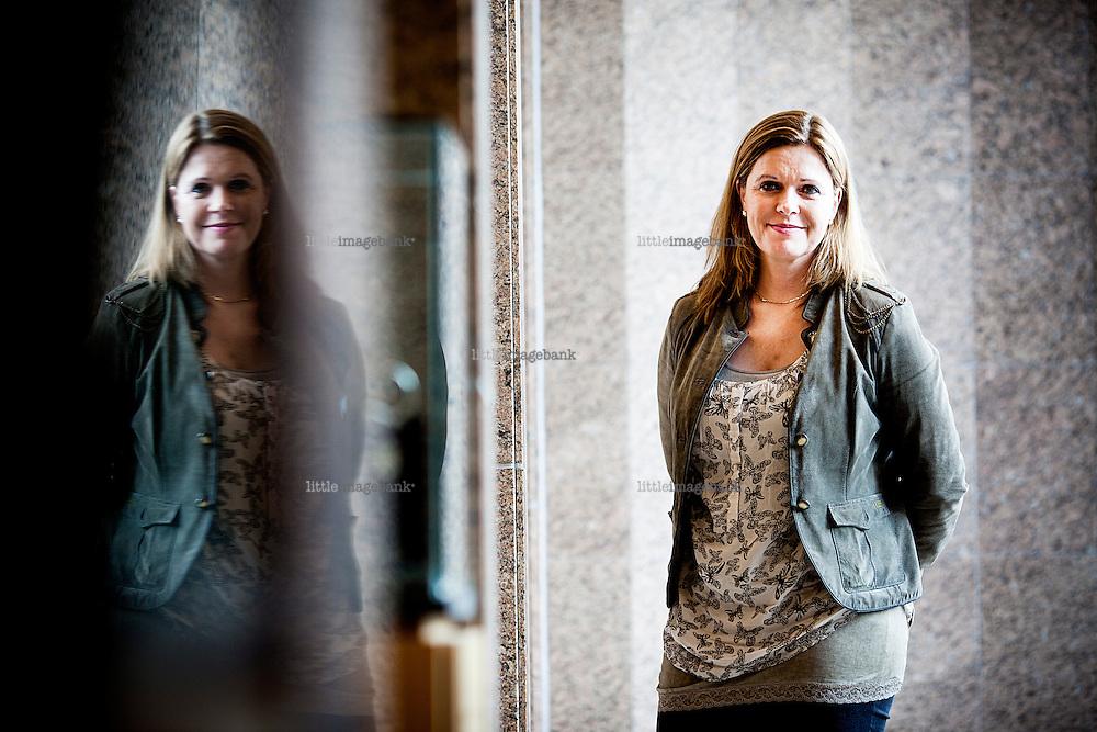 Oslo, Norge, 03.02.2012. Anne Kjersti C. Befring er utdannet advokat og er direktør for juridisk avdeling i Legeforeningen. Hun leder avdelingen hvor jurister arbeider med et stort antall enkeltsaker innenfor helserett og med forslag til utvikling av lovgivningen. Foto: Christopher Olssøn.