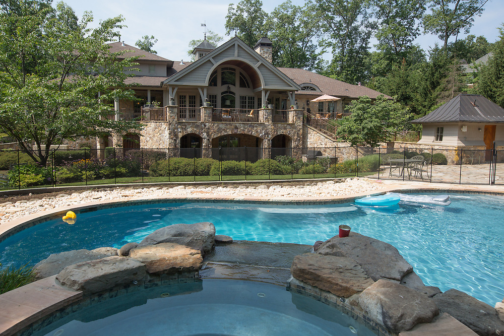 MONTVILLE, NJ - JULY 26, 2015  The pool and rear exterior of 5 Sky Terrace, Montville, New Jersey. <br /> CREDIT: John O'Boyle for The New York Times