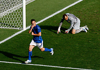 Photo: Glyn Thomas.<br />Italy v Australia. 2nd Round, FIFA World Cup 2006. 26/06/2006.<br /> Italy's Francesco Totti (L) celebrates after scoring his side's last-minute penalty past Australia's Mark Schwarzer.