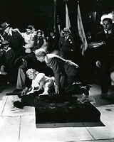 1935 Shirley Temple's hand & footprint ceremony