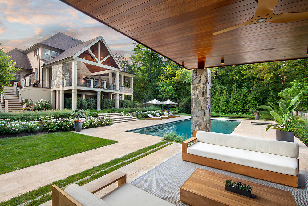 1005 Shallow Creek deck and pool house