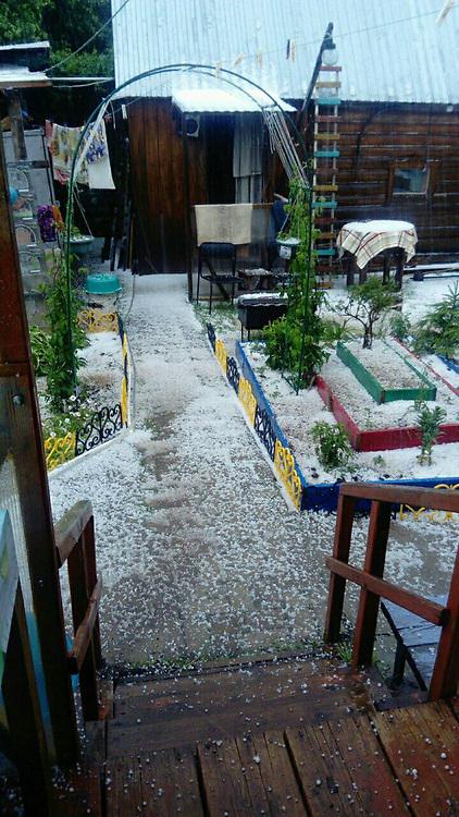 June 23, 2017 - Tatarstan, Russia - June 23, 2017. - Russia. A heavy hailstorm and snowfall near Kazan, Tatarstan. Photo: vk.com/kznlife (Credit Image: © Russian Look via ZUMA Wire)