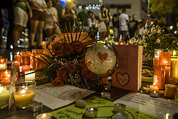 August 18, 2017 - Barcelona, Catalonia, Spain - A makeshift memorial at the beginning of Las Ramblas where a van started a 550 meter long jihadist terror trip. Thirteen people were killed and almost 80 wounded, 15 seriously, when the van tore through the crowd (Credit Image: © Matthias Oesterle via ZUMA Wire)